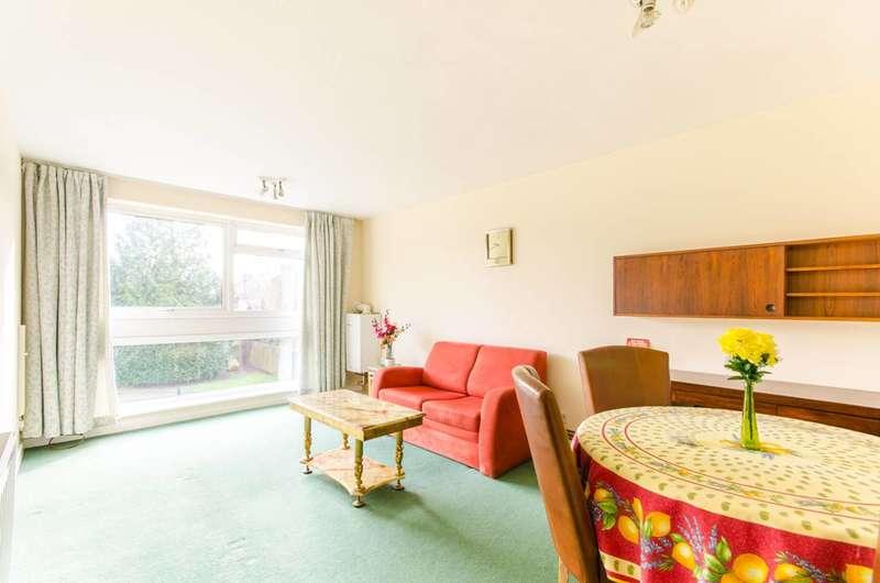 1 Bedroom Flat for sale in High Road, Whetstone, N20