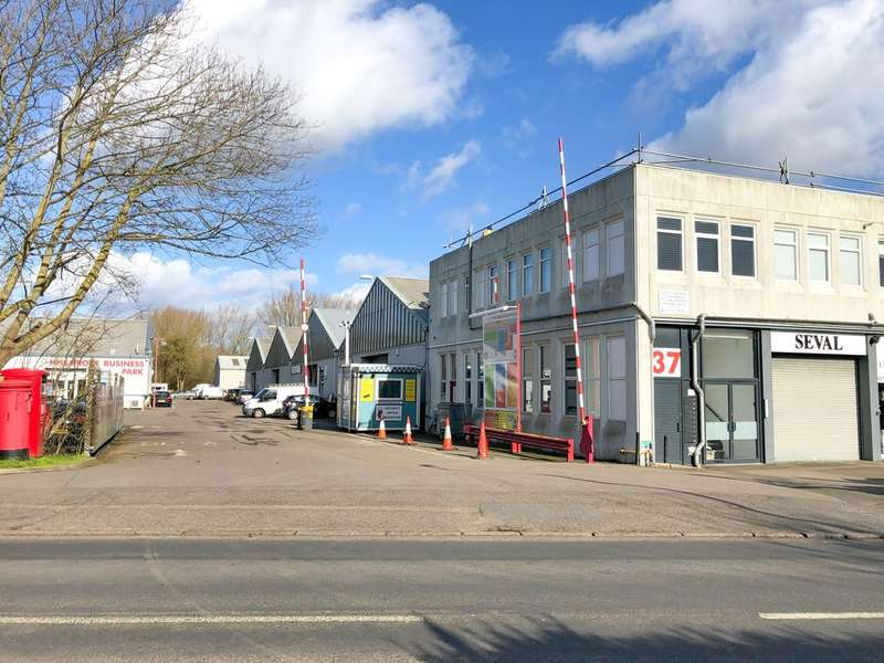Commercial Property for rent in Hillgrove Business Park, Nazeing EN9