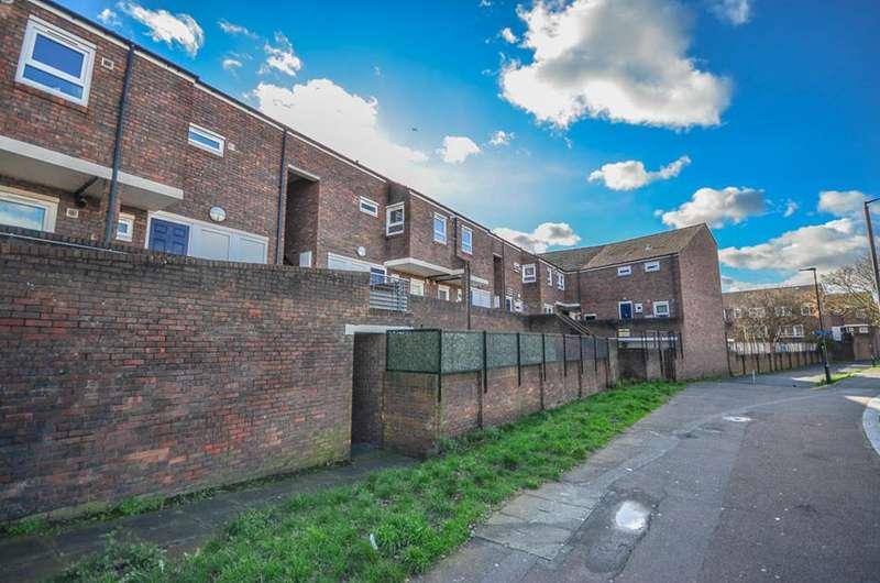 1 Bedroom Flat for sale in Culross Close, Tottenham, London, N15