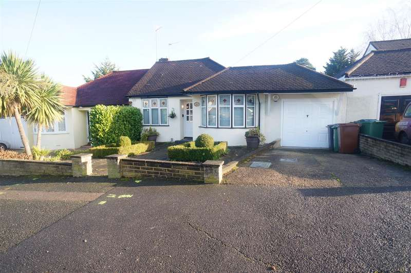 3 Bedrooms Bungalow for sale in Courtland Avenue, London