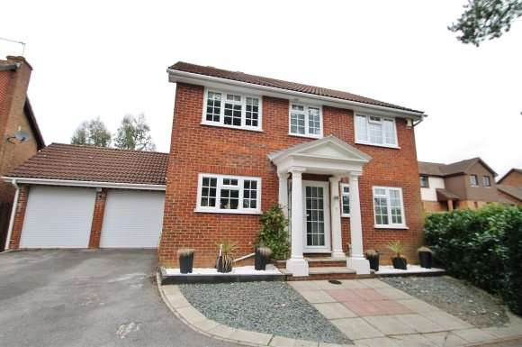 4 Bedrooms Property for sale in Thyme Close, Chineham, Basingstoke
