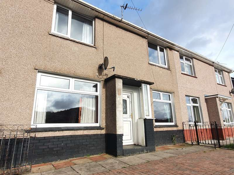 3 Bedrooms Semi Detached House for sale in Channel View, Risca, Newport, NP11