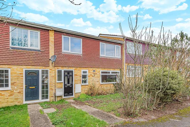 3 Bedrooms Terraced House for sale in Harlech Close, Basingstoke, RG23
