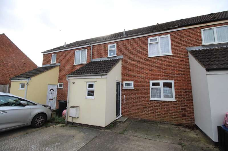 3 Bedrooms Terraced House for sale in Hillary Close, Heybridge