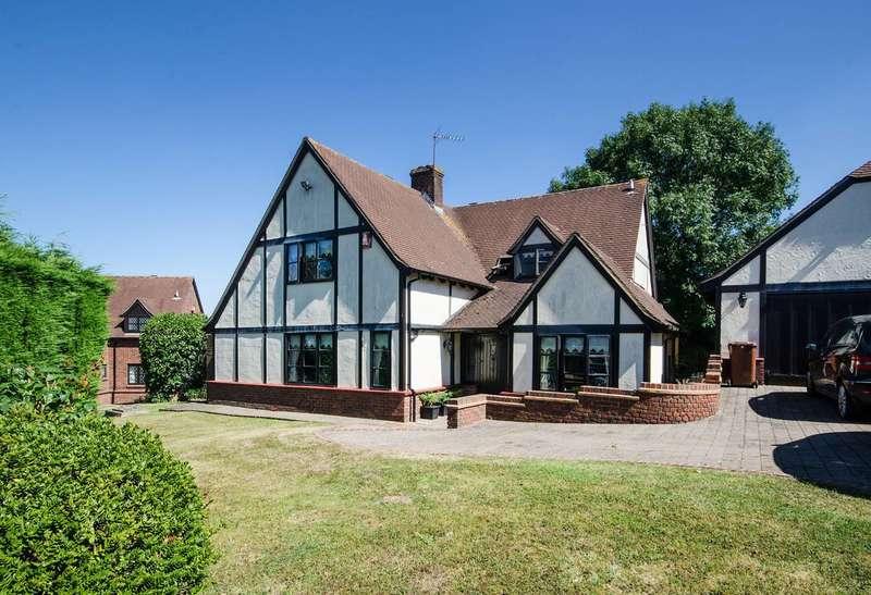 4 Bedrooms Detached House for sale in Heritage View, Harrow, HA1