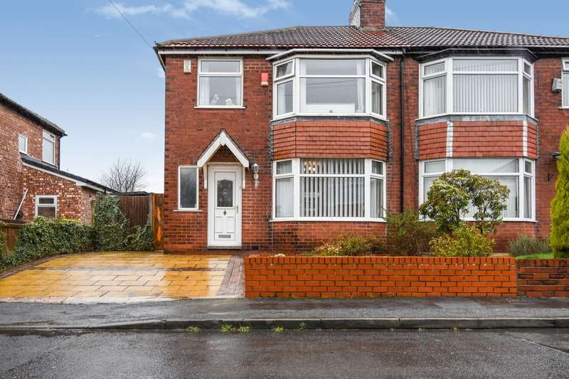 3 Bedrooms Semi Detached House for sale in Kenmere Grove, Manchester, Greater Manchester, M40
