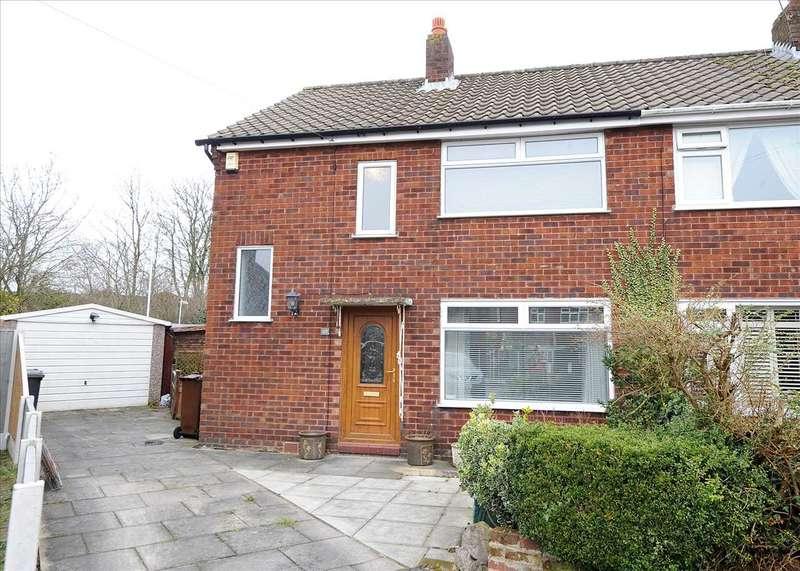 3 Bedrooms Semi Detached House for sale in 49 Queensway, Irlam M44 6ND