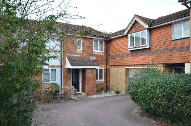 2 Bedrooms Terraced House for sale in Danvers Drive, Church Crookham, Fleet