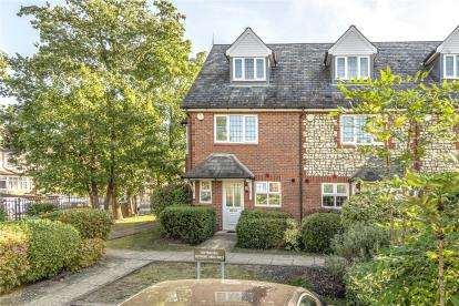 3 Bedrooms End Of Terrace House for sale in Asprey Mews, Beckenham