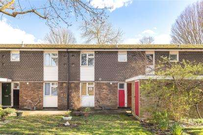 1 Bedroom Flat for sale in Densole Close, Beckenham