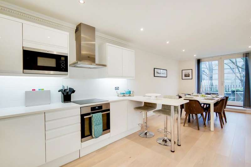 3 Bedrooms Flat for sale in School Mews, London E1