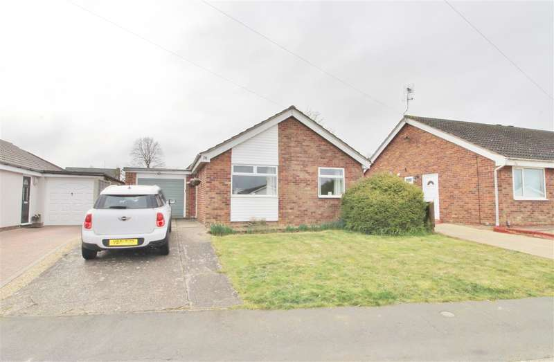 2 Bedrooms Detached Bungalow for sale in High Meadow, Grantham