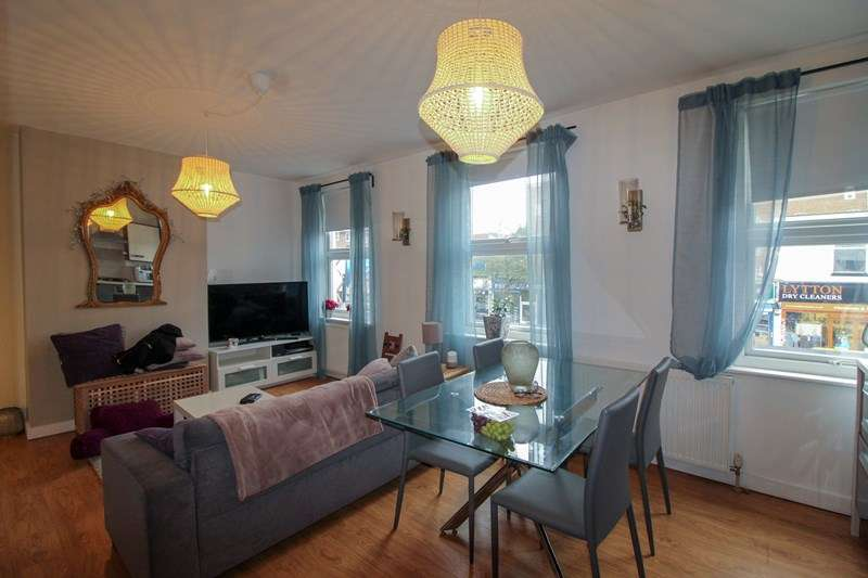 2 Bedrooms Apartment Flat for sale in Lytton Road, New Barnet, Hertfordshire, EN5