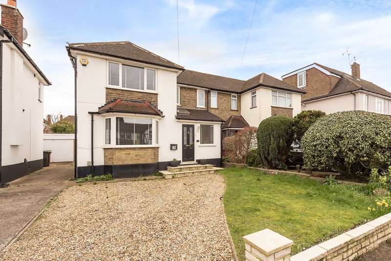 3 Bedrooms Semi Detached House for sale in Mill Way, North Bushey