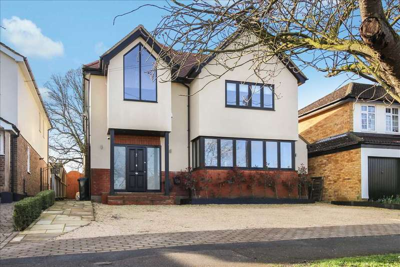 5 Bedrooms Detached House for sale in Tennyson Road, Hutton, Brentwood