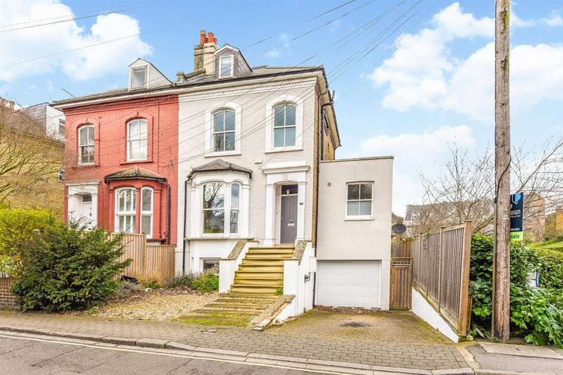 5 Bedrooms Semi Detached House for sale in Amyand Park Road, St Margarets