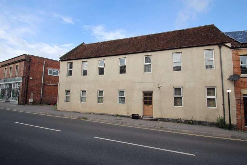 1 Bedroom Flat for rent in 5 Fore Street, Westbury, Wiltshire, BA13