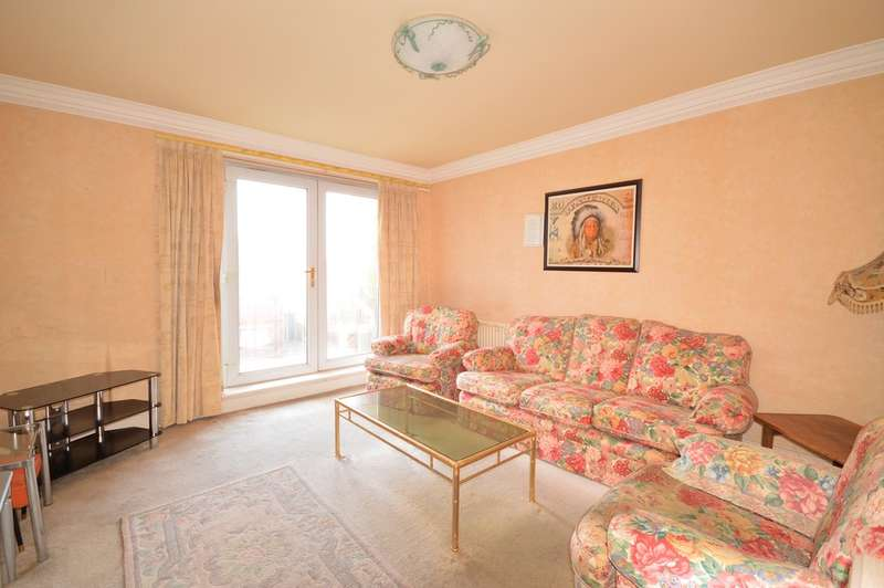 2 Bedrooms Ground Flat for sale in Harrowside Heights, South Shore, FY4