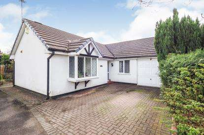 3 Bedrooms Bungalow for sale in Ridingfold Lane, Worsley, Manchester, Greater Manchester