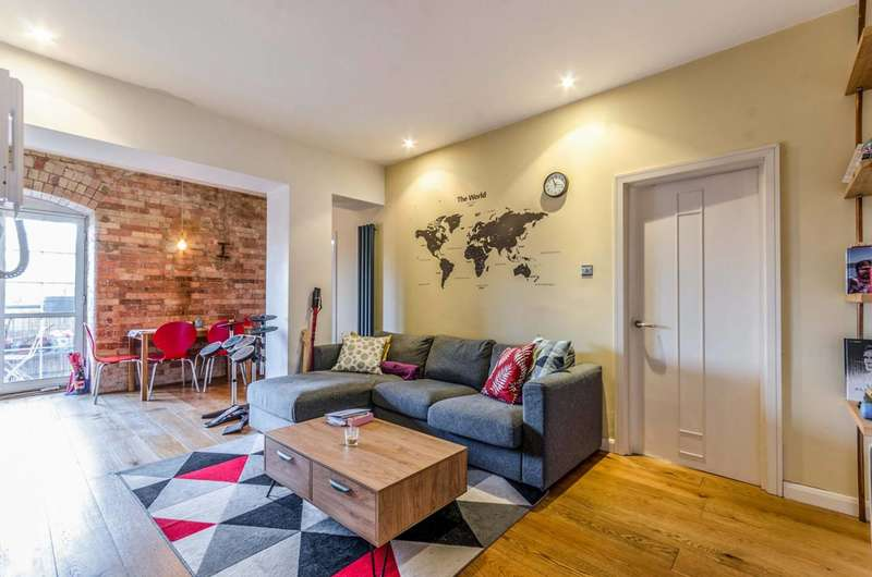 2 Bedrooms Flat for sale in Foundry House, Poplar, E14