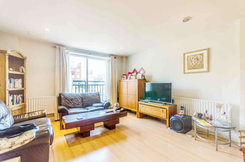 1 Bedroom Flat for sale in Westferry Road, Isle Of Dogs, E14