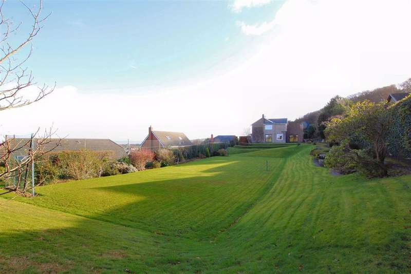 5 Bedrooms Detached House for sale in Pen Y Ball Hill, Holywell, Flintshire, CH8