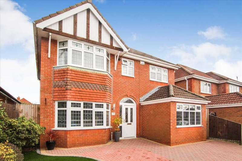 4 Bedrooms Detached House for sale in Marsham Road, Westhoughton
