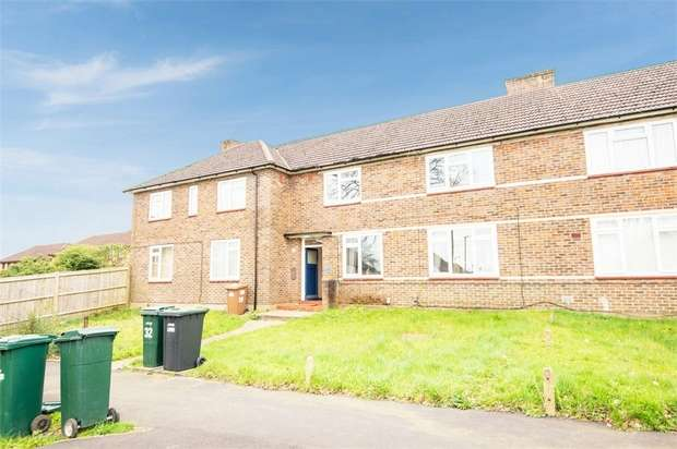 1 Bedroom Flat for sale in Fleetwood Way, Watford, Hertfordshire