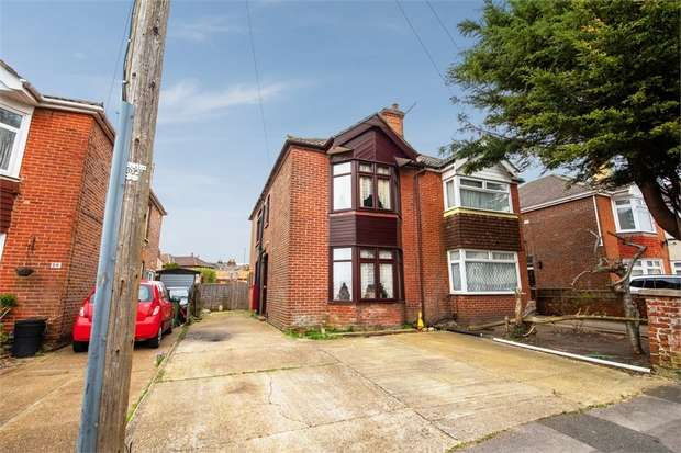 3 Bedrooms Semi Detached House for sale in Deacon Road, Southampton, Hampshire