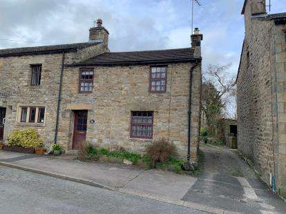 2 Bedrooms End Of Terrace House for sale in Holme View, Main Street, Wray, Lancaster, LA2