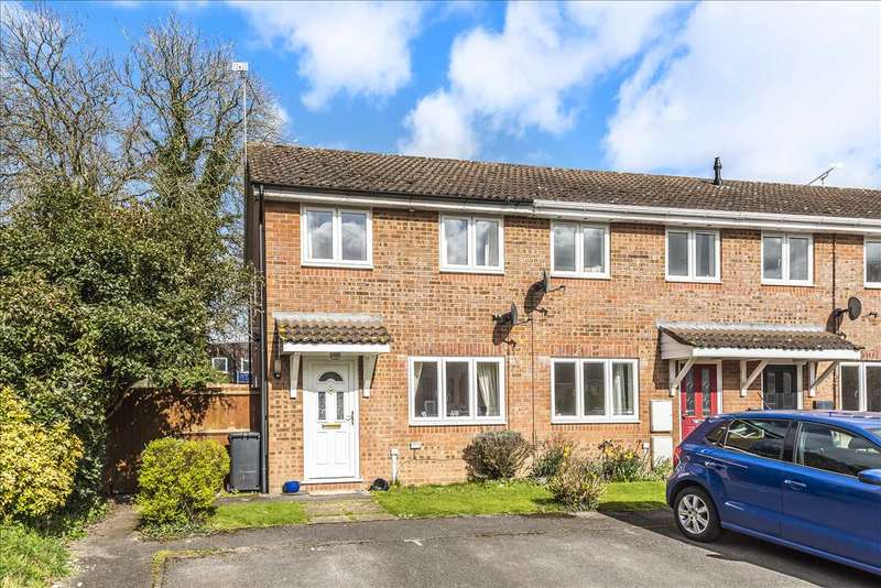 2 Bedrooms End Of Terrace House for sale in Hartley Meadow, Whitchurch