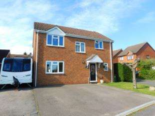 4 Bedrooms Detached House for sale in Crownfields, Weavering, Maidstone, Kent