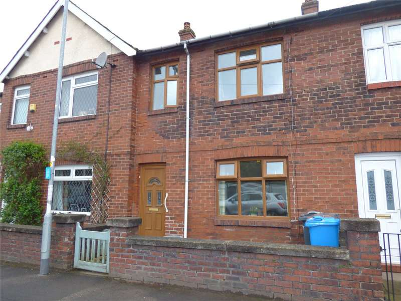 3 Bedrooms Terraced House for sale in Shaw Street, Greenfield, Saddleworth, OL3