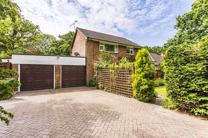 3 Bedrooms Detached House for sale in New Milton
