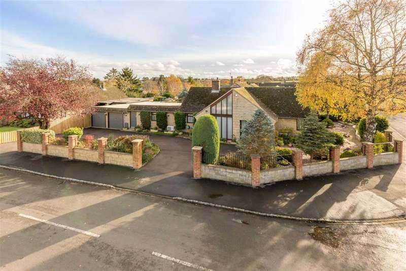 4 Bedrooms Detached Bungalow for sale in Farriers Road, Middle Barton