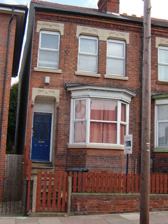 5 Bedrooms Terraced House for sale in Welford Road, Leicester, LE2