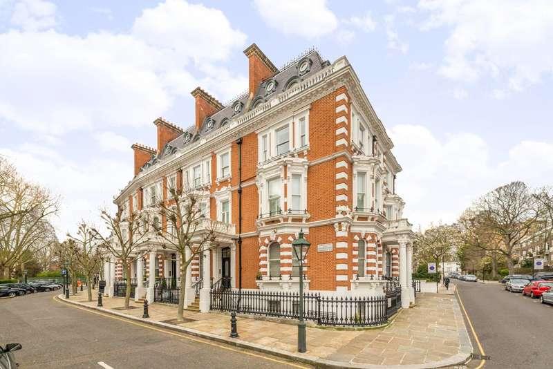 2 Bedrooms Maisonette Flat for sale in Observatory Gardens, Kensington, W8