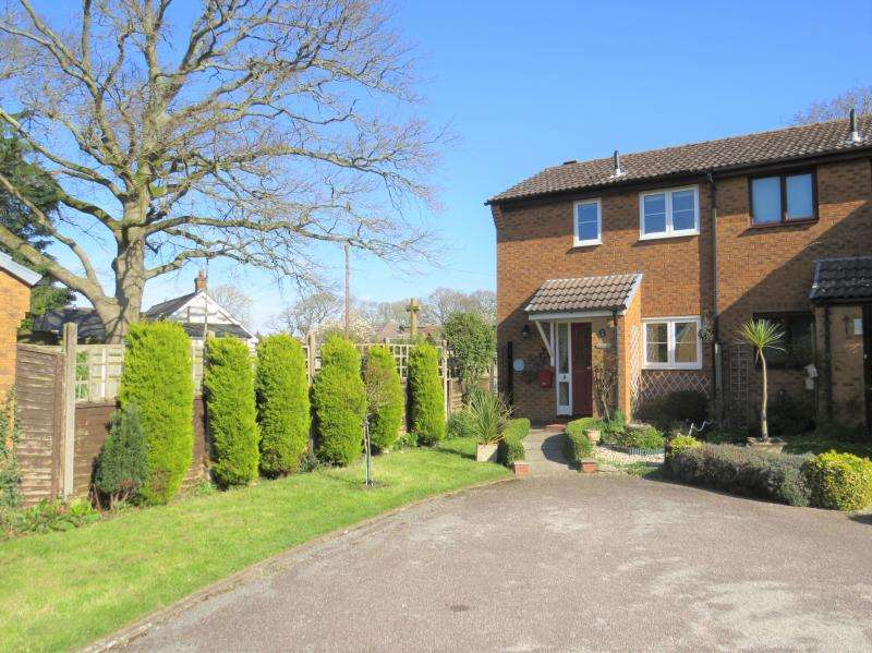 1 Bedroom House for sale in End Terrace Town House