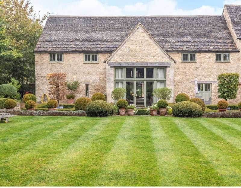 4 Bedrooms Unique Property for sale in Kemble