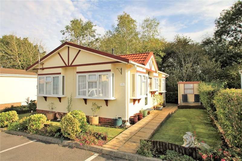 2 Bedrooms Detached Bungalow for sale in St. Peters Avenue, Berrys Green Road
