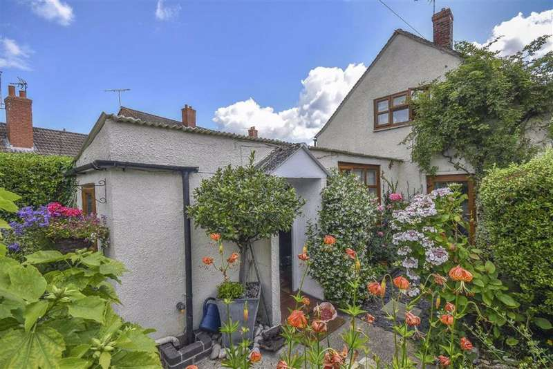 2 Bedrooms Detached House for sale in The Cross, Eastington, GL10