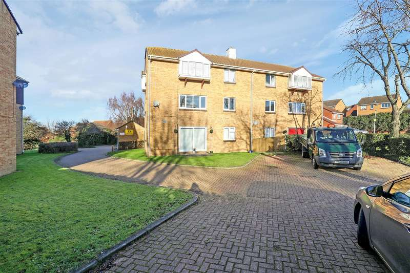 2 Bedrooms Apartment Flat for sale in Fallowfield, Sittingbourne