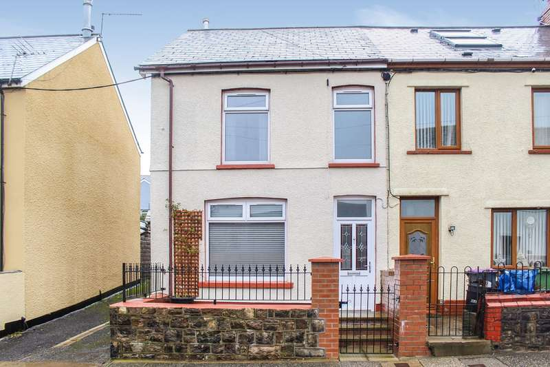 3 Bedrooms End Of Terrace House for sale in Rhydynos Street, Blaenavon, Pontypool, NP4