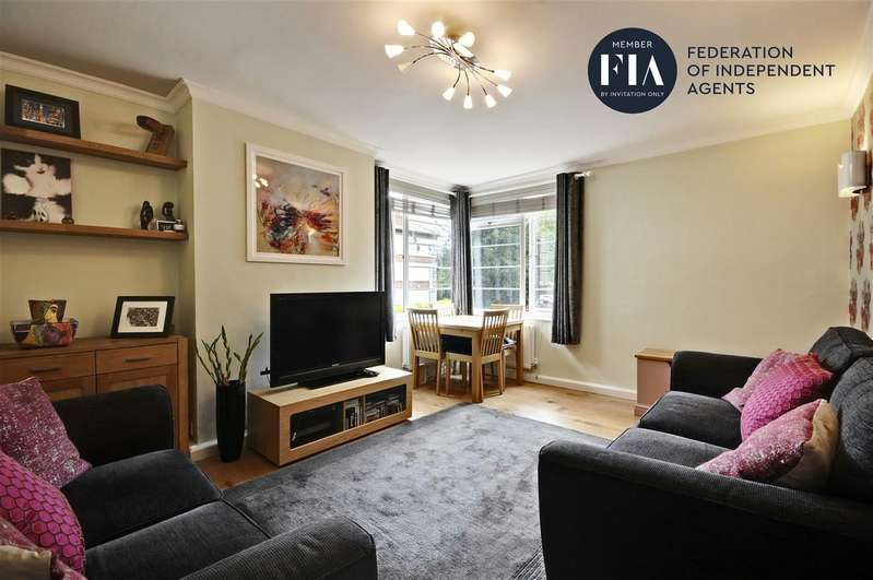 3 Bedrooms Apartment Flat for sale in Manor Vale, Brentford
