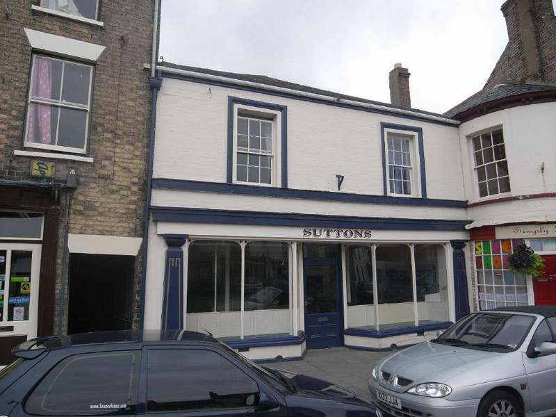 4 Bedrooms Terraced House for sale in South Market Place, Alford, Lincolnshire