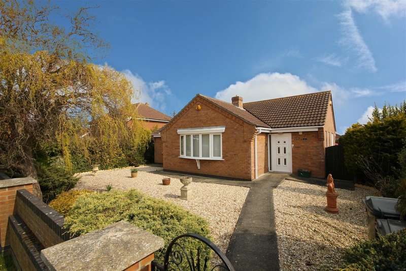 3 Bedrooms Detached Bungalow for sale in Huttoft Road, Sutton-On-Sea, Mablethorpe