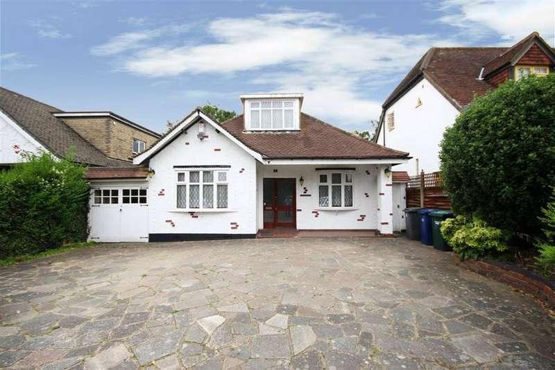 2 Bedrooms Detached House for sale in Barnet Gate Lane, Arkley, Hertfordshire