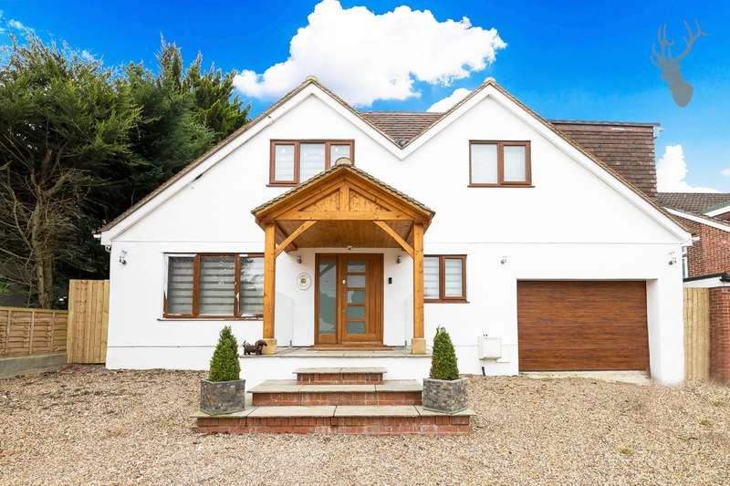 5 Bedrooms Detached House for sale in Grange Lane, Roydon, Essex