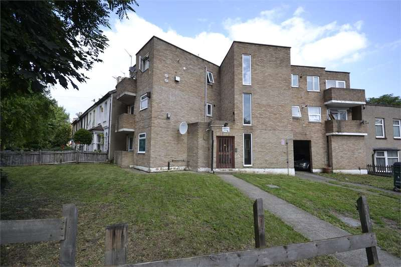 2 Bedrooms Apartment Flat for rent in Samantha Court, Wallwood Road, Leytonstone