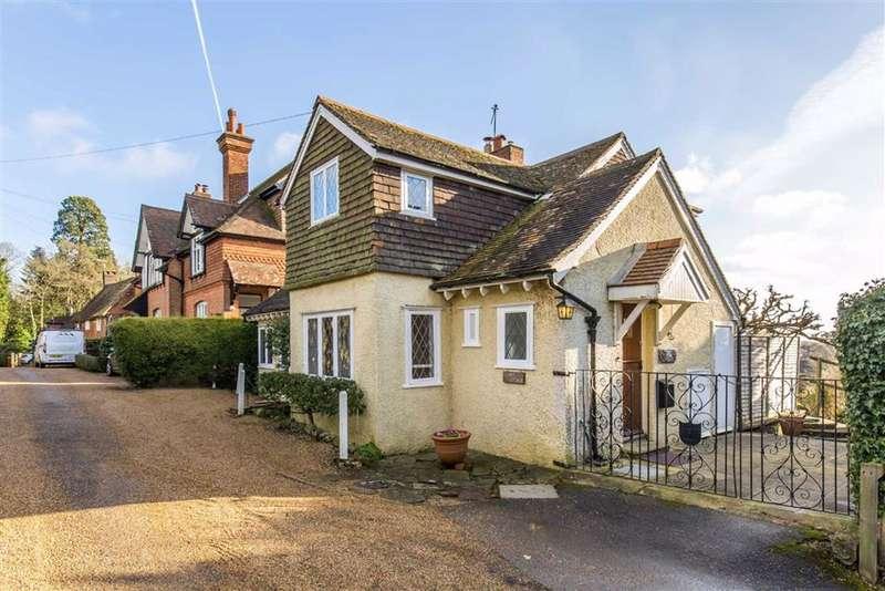 3 Bedrooms Detached House for sale in Oakdale Lane, Crockham Hill, Kent